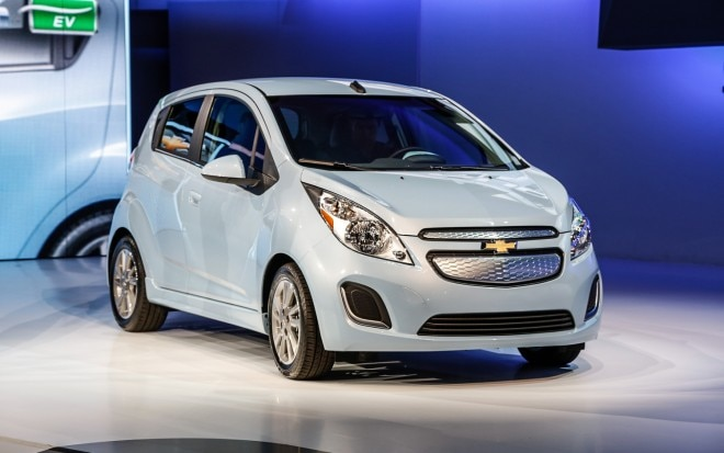 2014 Chevrolet Spark EV Front Right View1 660x413