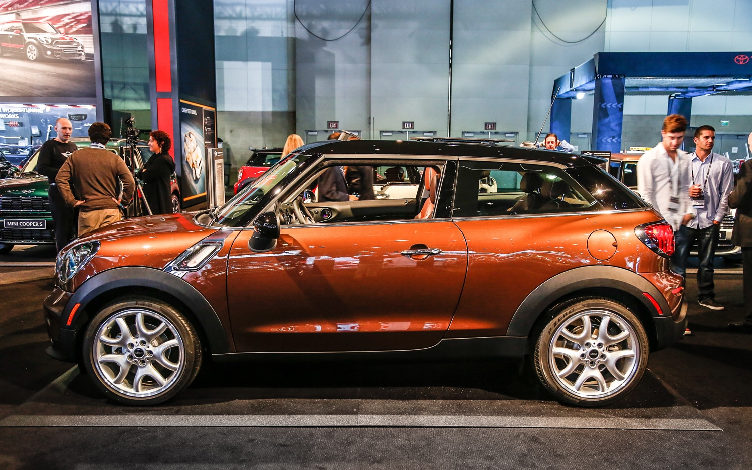 priced mini paceman carries 23 900 msrp clubvan debuts at l a auto show. Black Bedroom Furniture Sets. Home Design Ideas