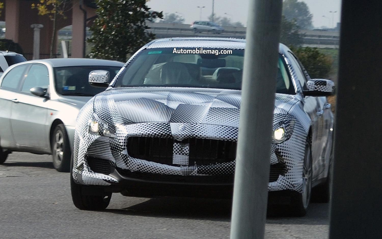 Maserati Quattroporte Spy Shot Front 111