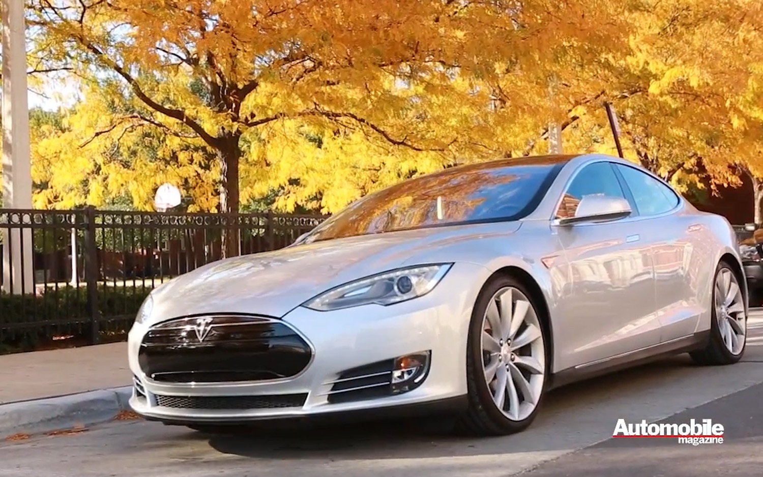 Tesla Model S Screenshot 11