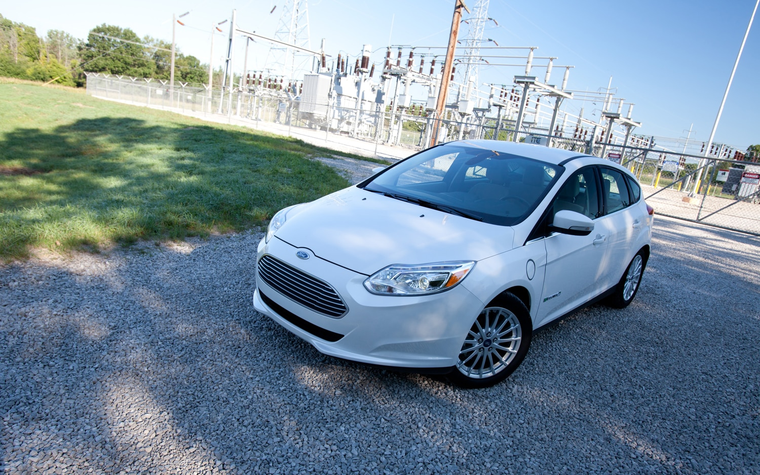 2012 Ford Focus Electric Front Left View2