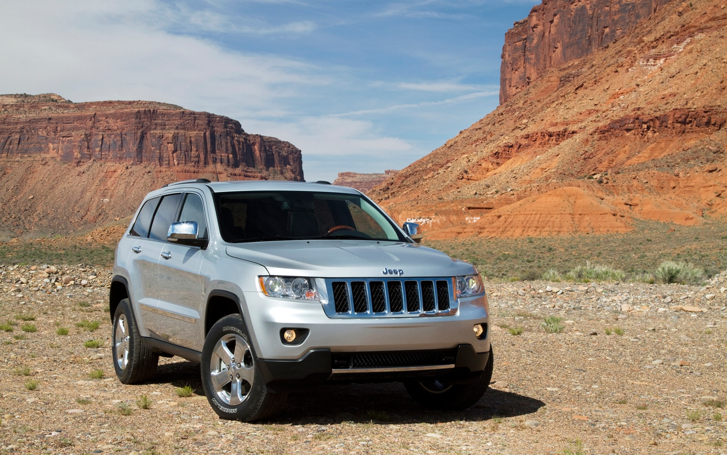 2012 jeep grand cherokee altitude 4x4 editors 39 notebook. Black Bedroom Furniture Sets. Home Design Ideas