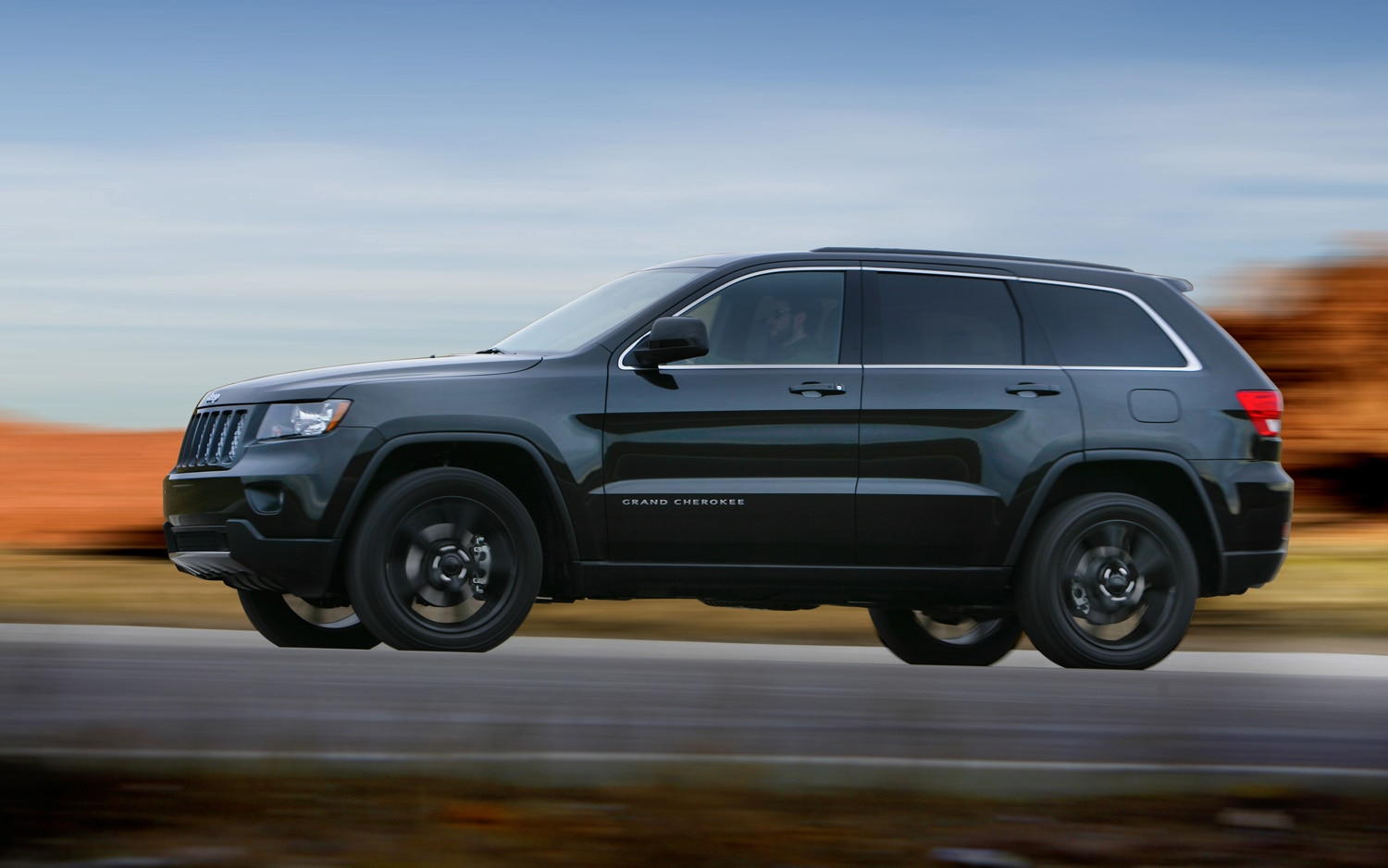 2012 Jeep Grand Cherokee Left Side View1