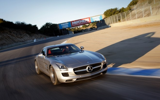 2012 Mercedes Benz SLS AMG Coupe Front Right View 21 660x413