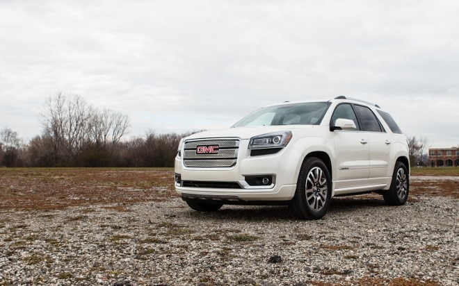 2013 GMC Acadia Denali Front Left View 21 660x412