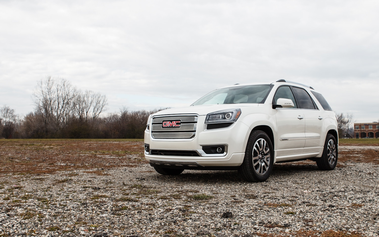 2013 GMC Acadia Denali Front Left View 21