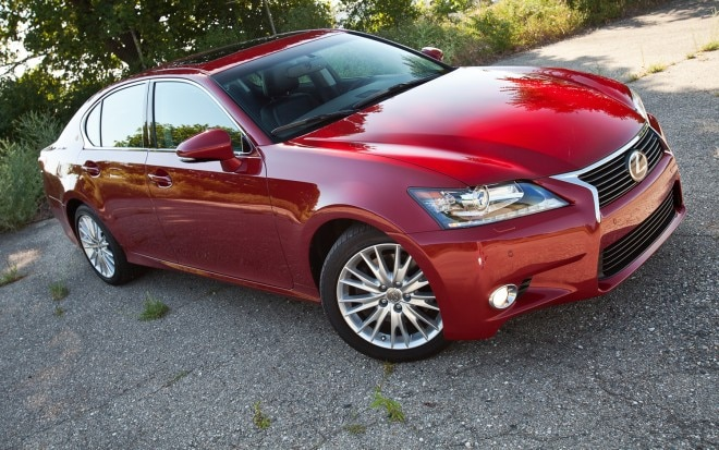 2013 Lexus GS350 AWD Front Right Side View1 660x413