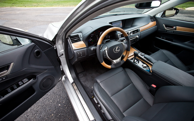 http://st.automobilemag.com/uploads/sites/11/2012/12/2013-Lexus-GS450h-front-interior.jpg