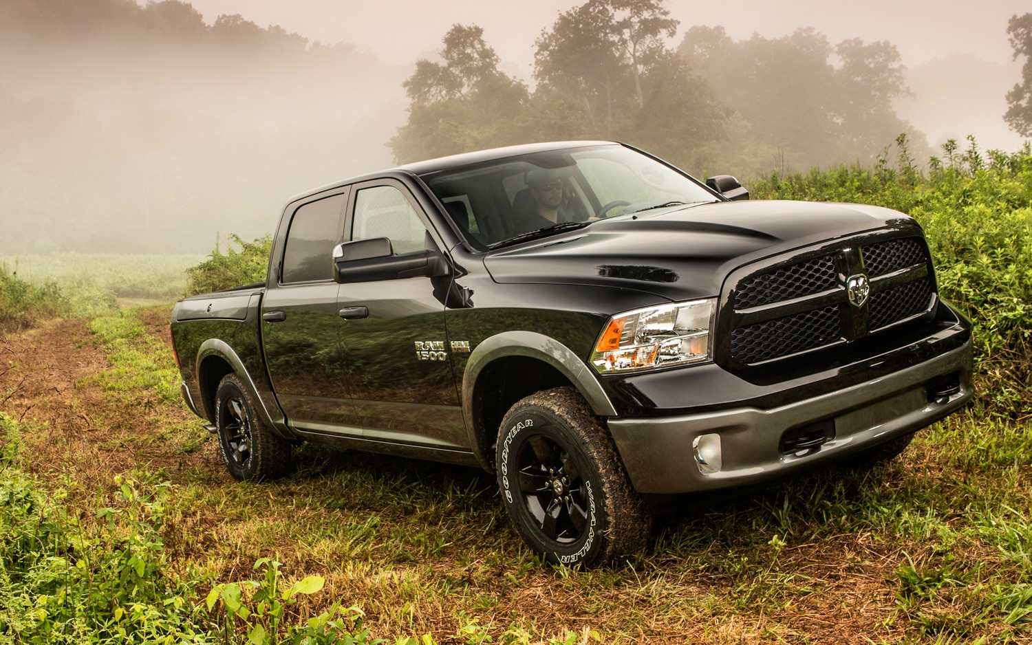 2013 Ram 1500 Front View Off Roading1