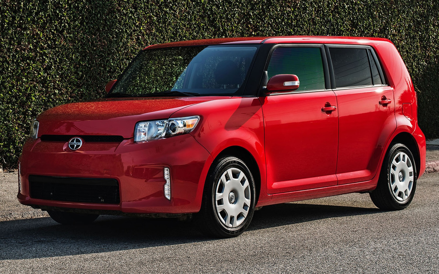 scion tweaks bumpers prices on 2013 xb will buyers bite. Black Bedroom Furniture Sets. Home Design Ideas