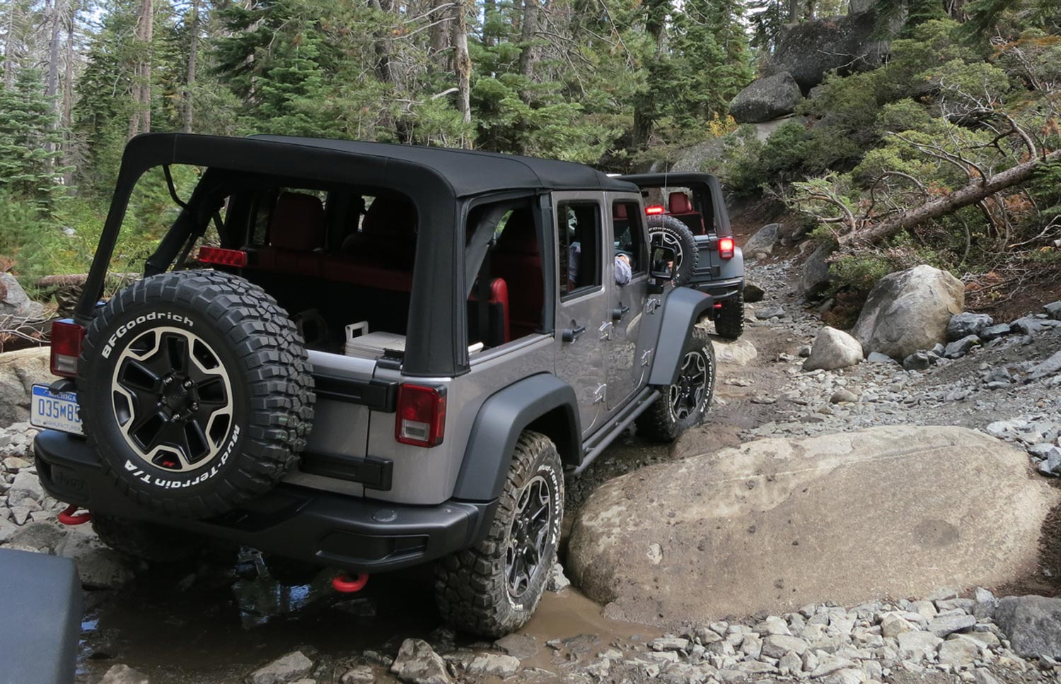 2013 Jeep Wrangler Rubicon 10th Anniversary Edition On Rubicon Trail1