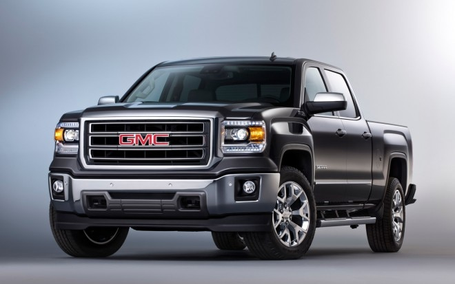 2014 GMC Sierra Front Three Quarters1 660x413