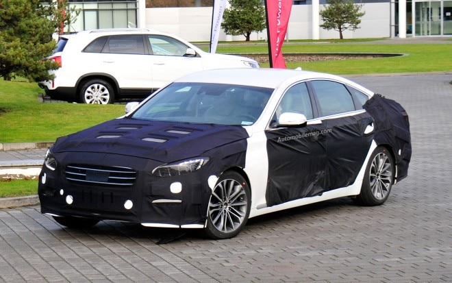 2014 Hyundai Genesis Sedan Spy Photo Front Three Quarter 21 660x413