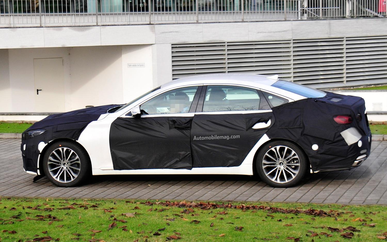 spied 2014 hyundai genesis sedan in europe. Black Bedroom Furniture Sets. Home Design Ideas