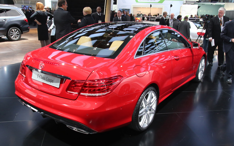 2014 mercedes benz e class first look automobile magazine for Mercedes benz e 2014