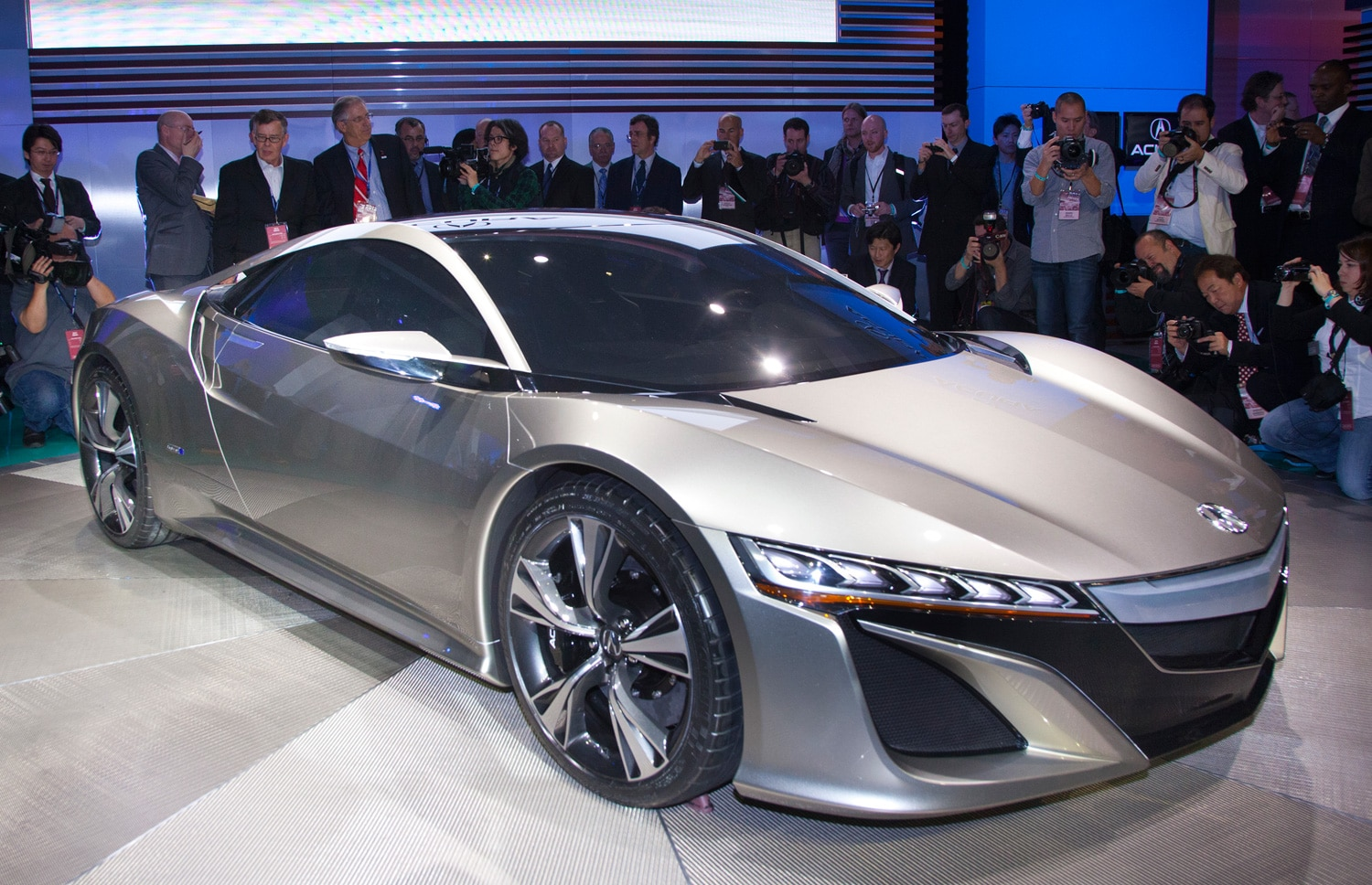 Acura NSX Front Three Quarters View