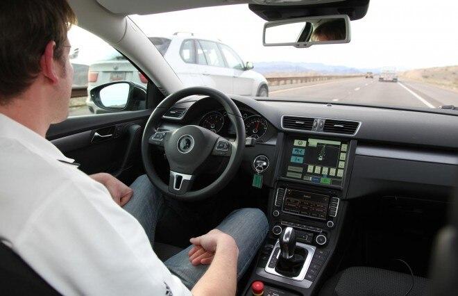 Continental Autonomous Volkswagen CC 660x426