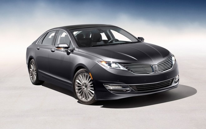 Lincoln MKZ Front Right View 660x413
