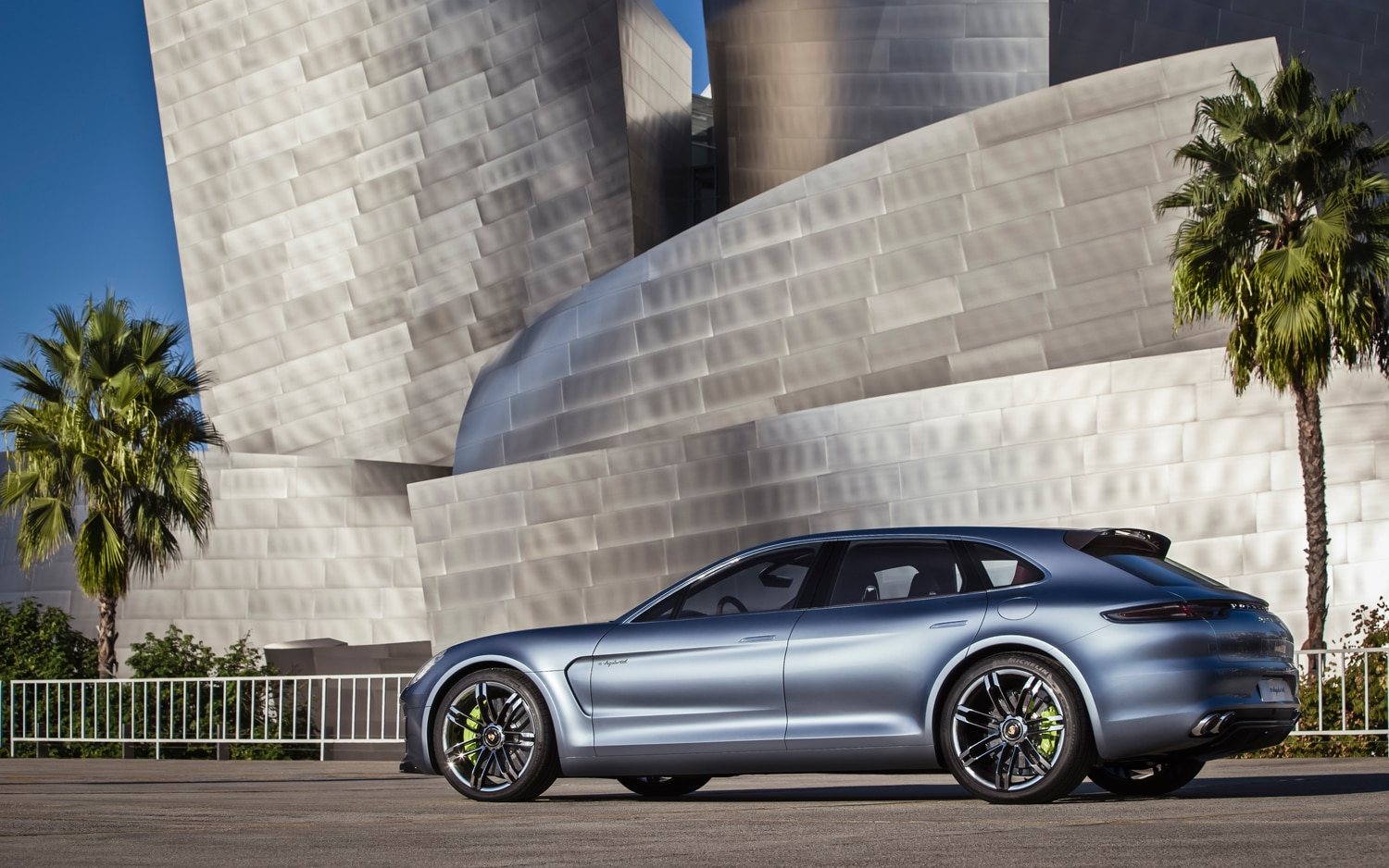Feature flick porsche panamera sport turismo hits the streets christian seabaugh sciox Choice Image