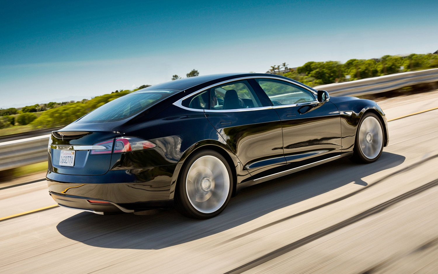 Tesla Model S Rear Three Quarter1