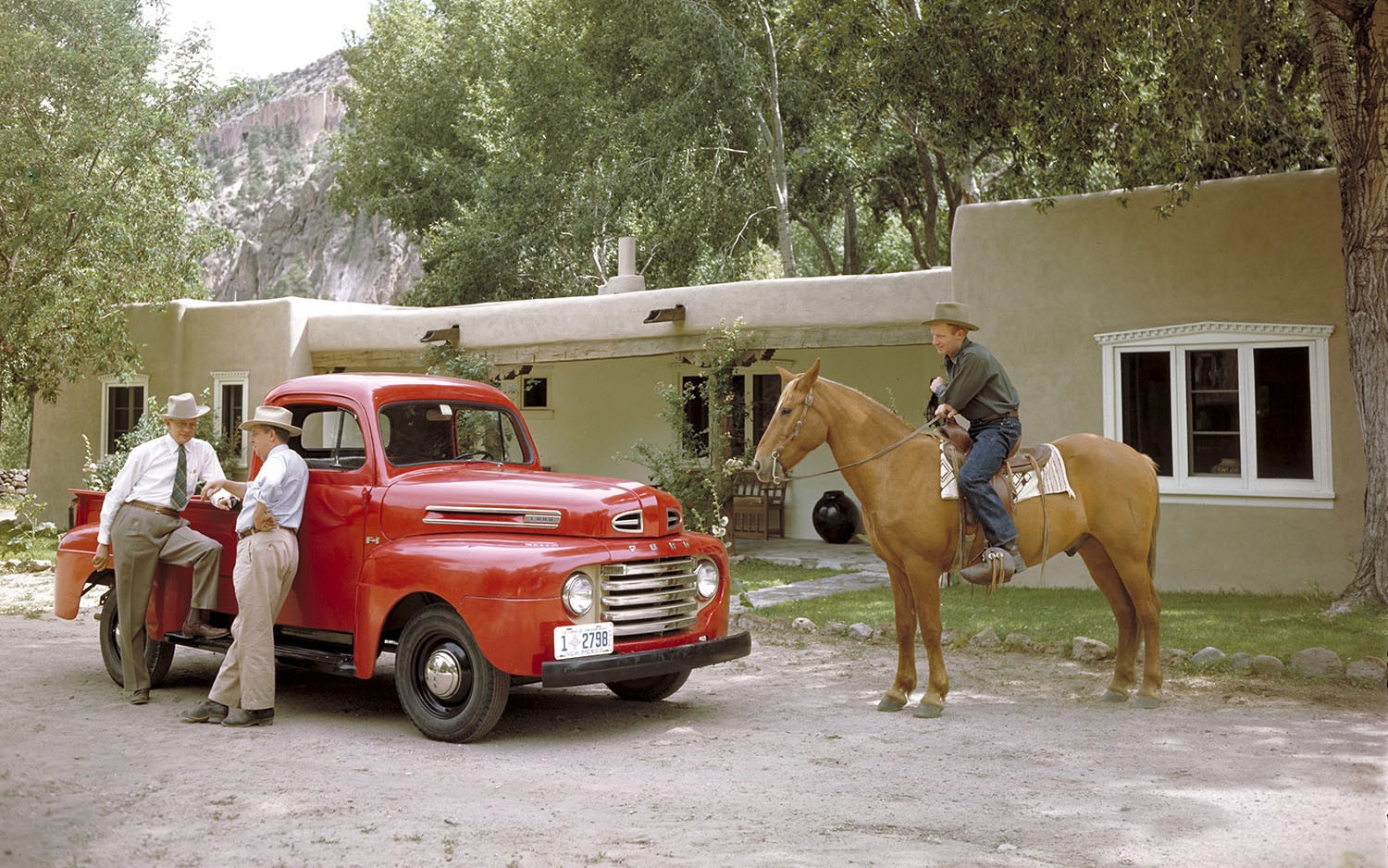 1948 Ford F 1 Front Three Quarter Horse1