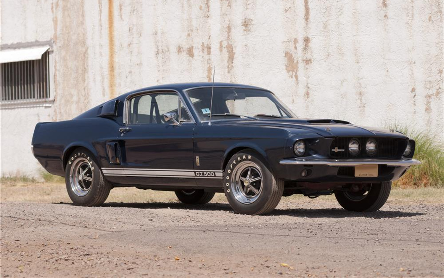 1967 Shelby GT500 Front Three Quarter View1