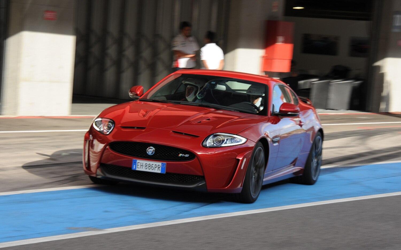 motor jaguar 2 7
