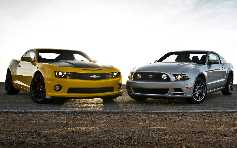 Mustang Vs Camaro >> Feature Flick Mustang Vs Camaro Pony Car Battle Continues On