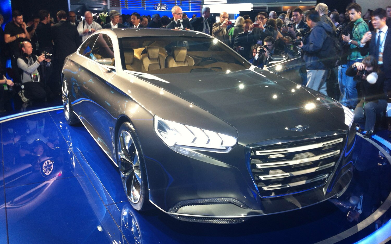 2013 Hyundai HCD 14 Genesis Concept Front Three Quarter 21