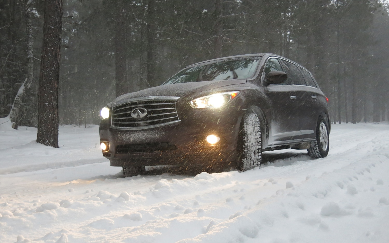 2013 Infiniti JX35 AWD Front Left View1