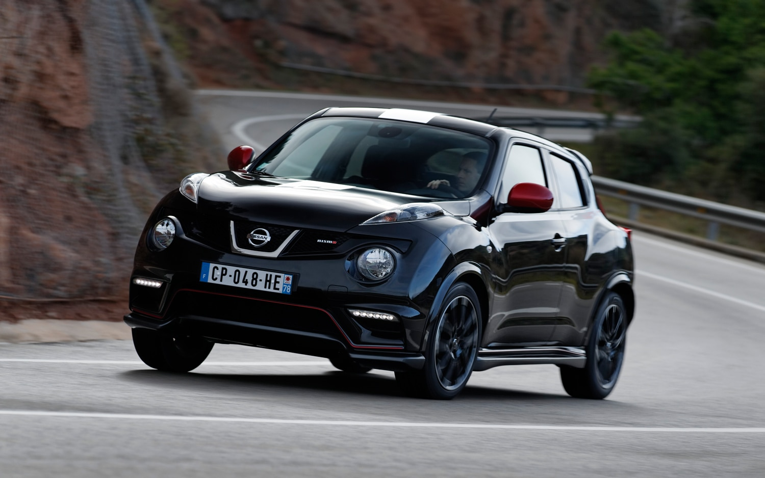 first drive 2013 nissan juke nismo automobile magazine. Black Bedroom Furniture Sets. Home Design Ideas