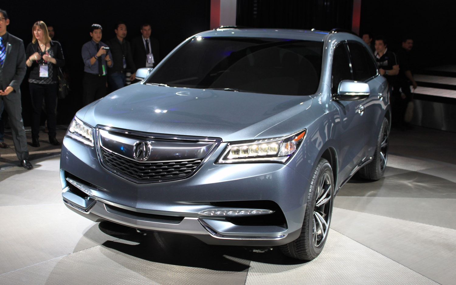 detroit 2013 2014 acura mdx prototype cuts a clean path. Black Bedroom Furniture Sets. Home Design Ideas