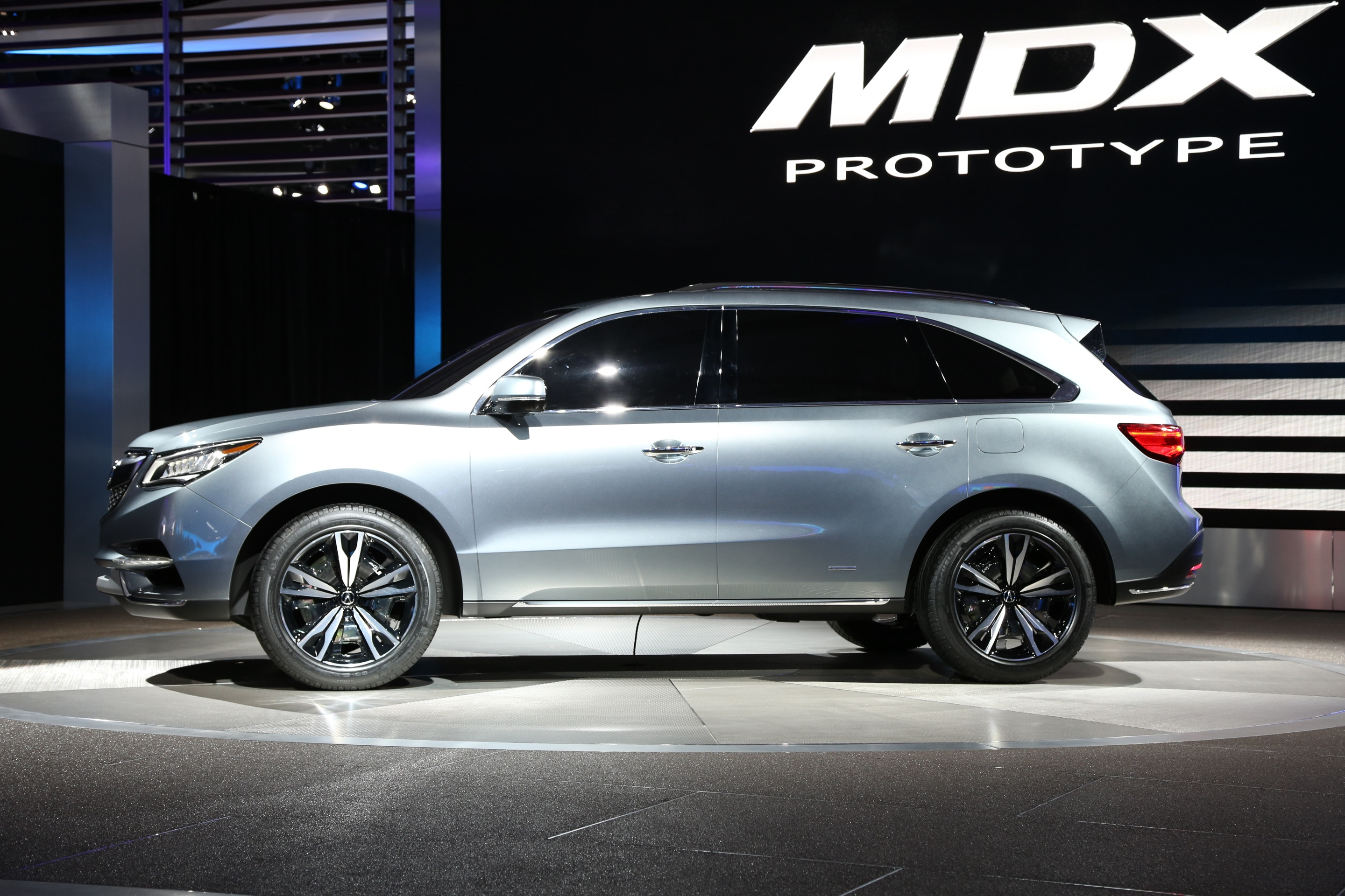 sport from news hybrid mdx due priced acura sh later awd