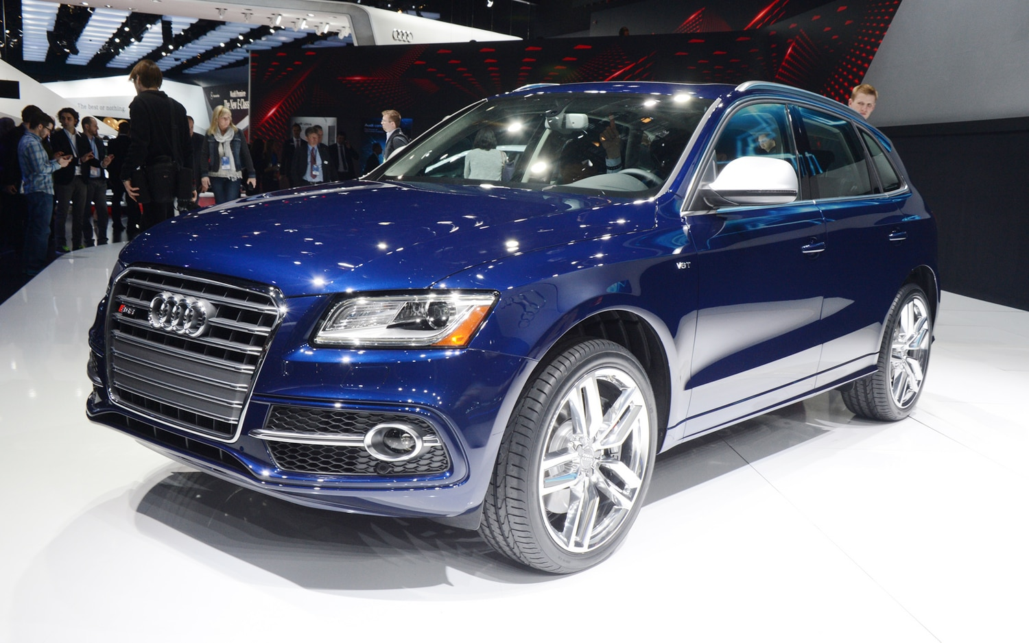 2014 Audi SQ5 Front Three Quarter1