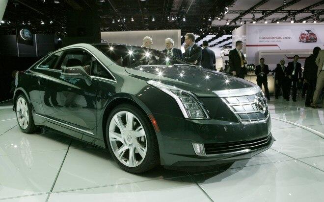 2014 Cadillac ELR Front Three Quarter2 660x413