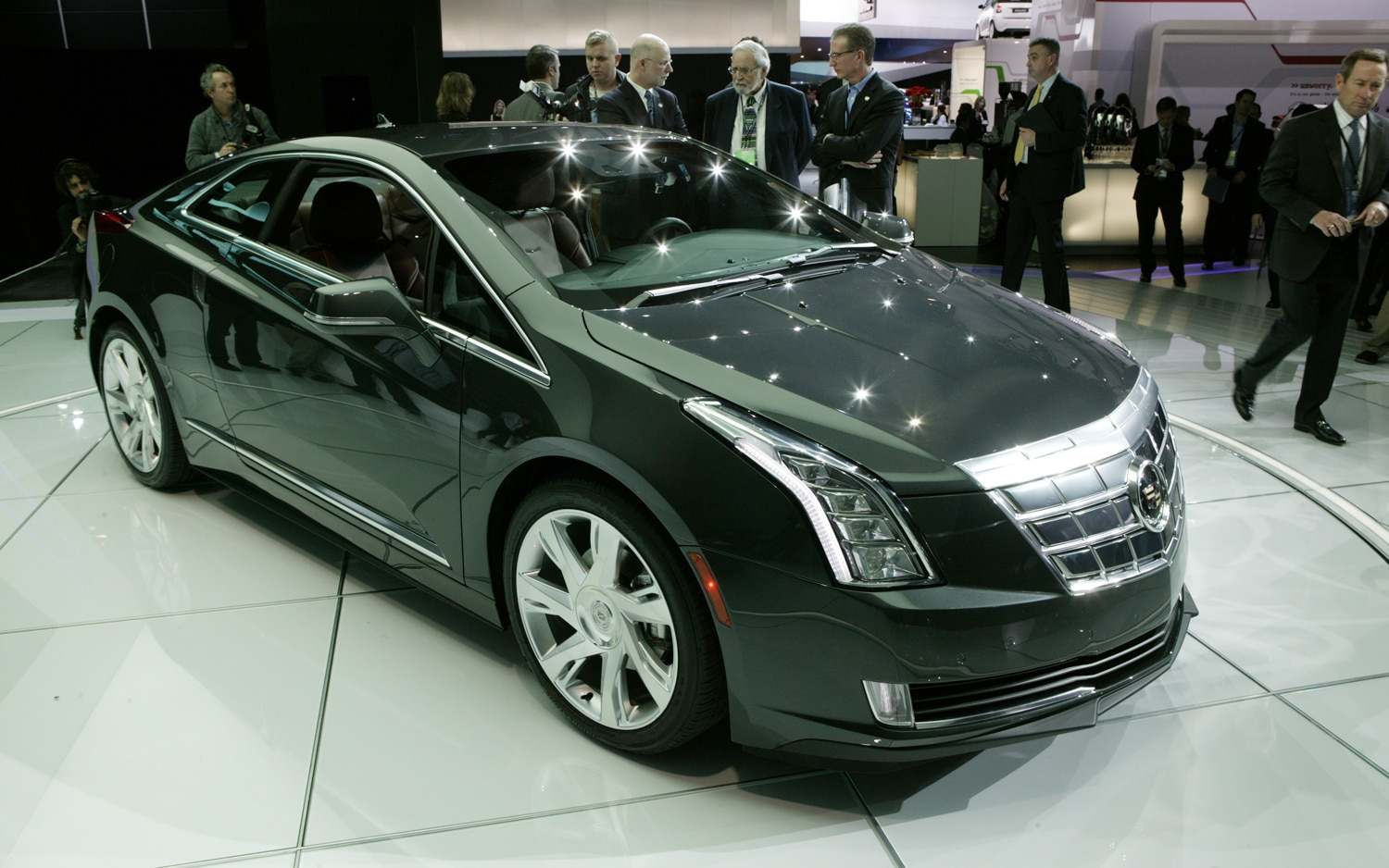 2014 Cadillac ELR: It&#39-s Electric! | She Buys Cars