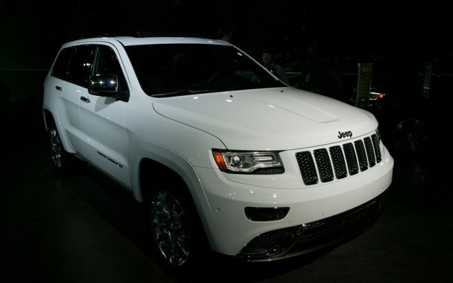 2014 Jeep Grand Cherokee Front Right View1 660x413