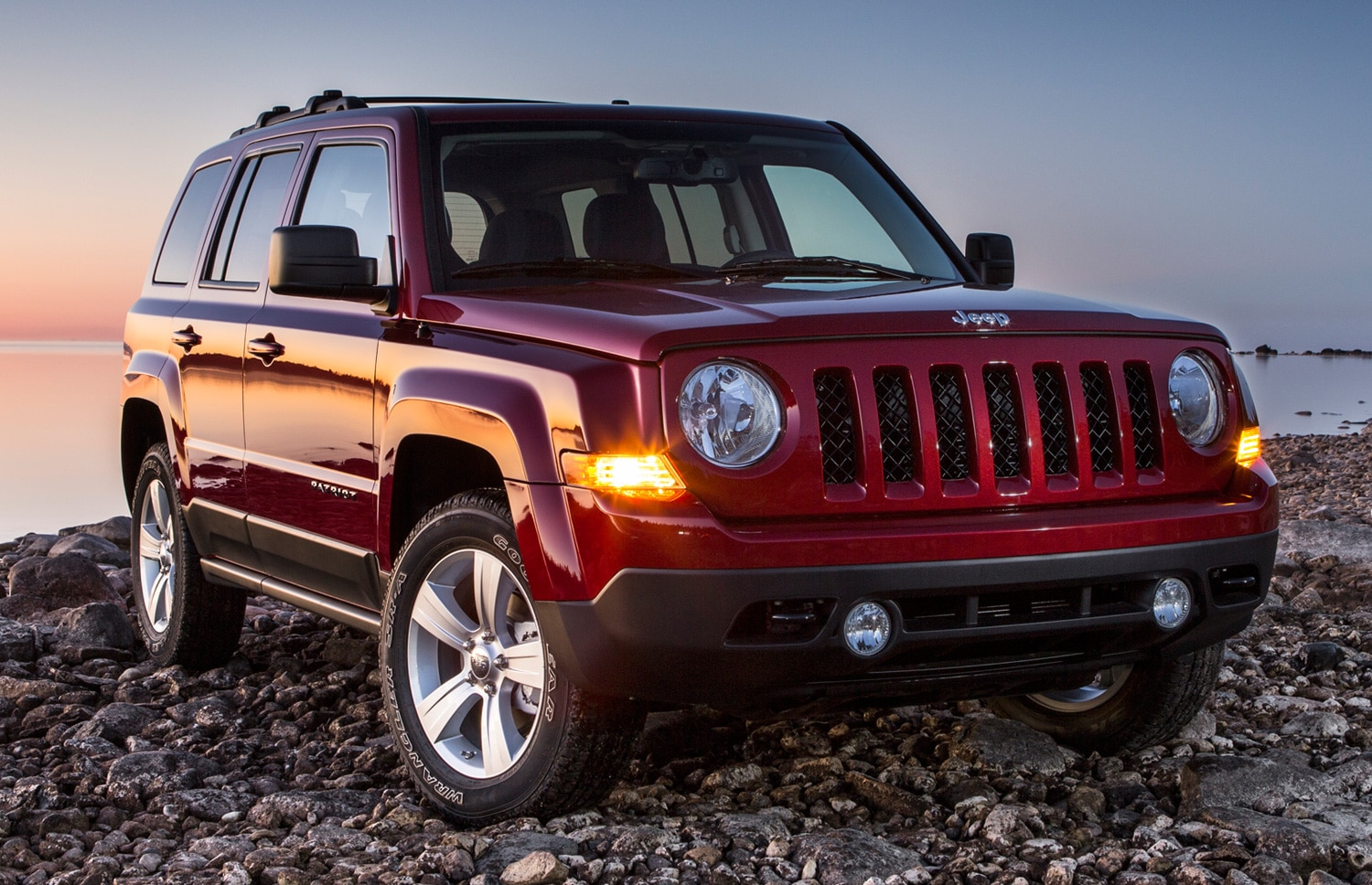 detroit 2013: 2014 jeep compass, patriot replace cvt with proper