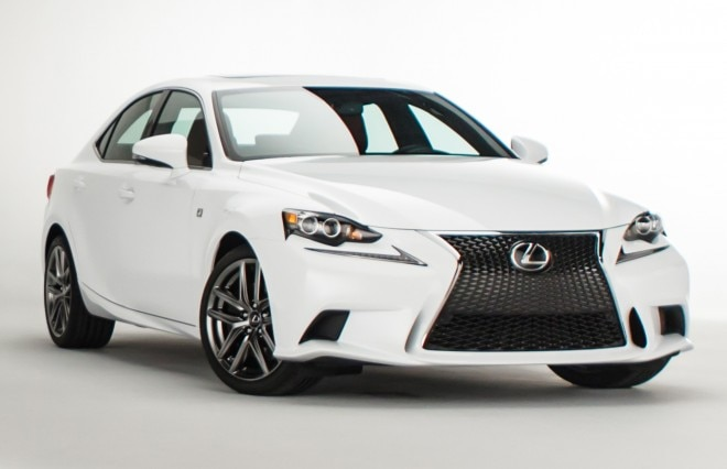 2014 Lexus IS 350 F Sport Front Three Quarters View 21 660x426