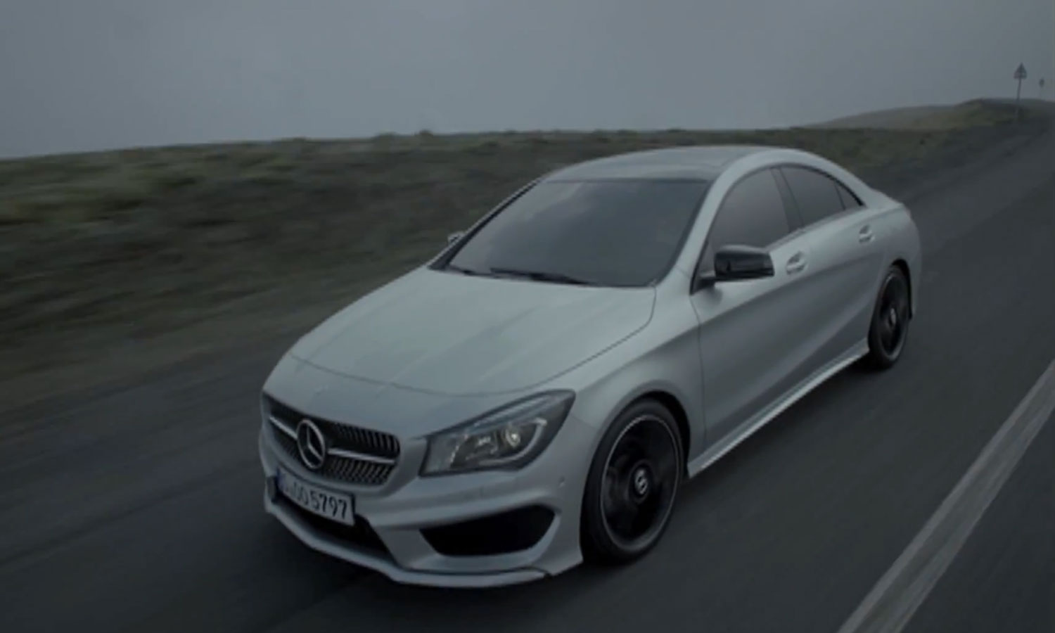 2014 Mercedes Benz CLA Front Three Quarter1