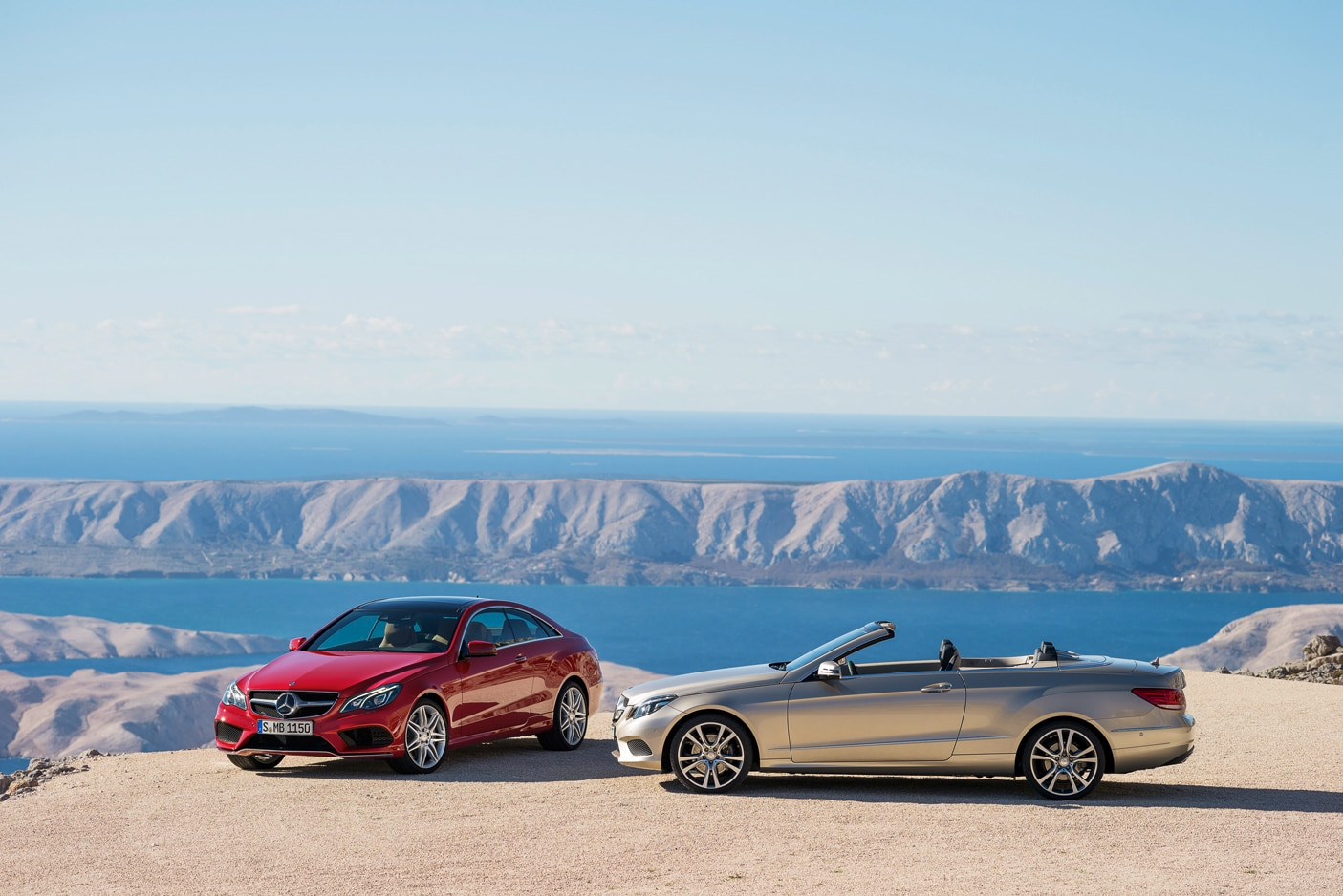 2014 Mercedes Benz E Class Coupe And Cabriolet Parked1