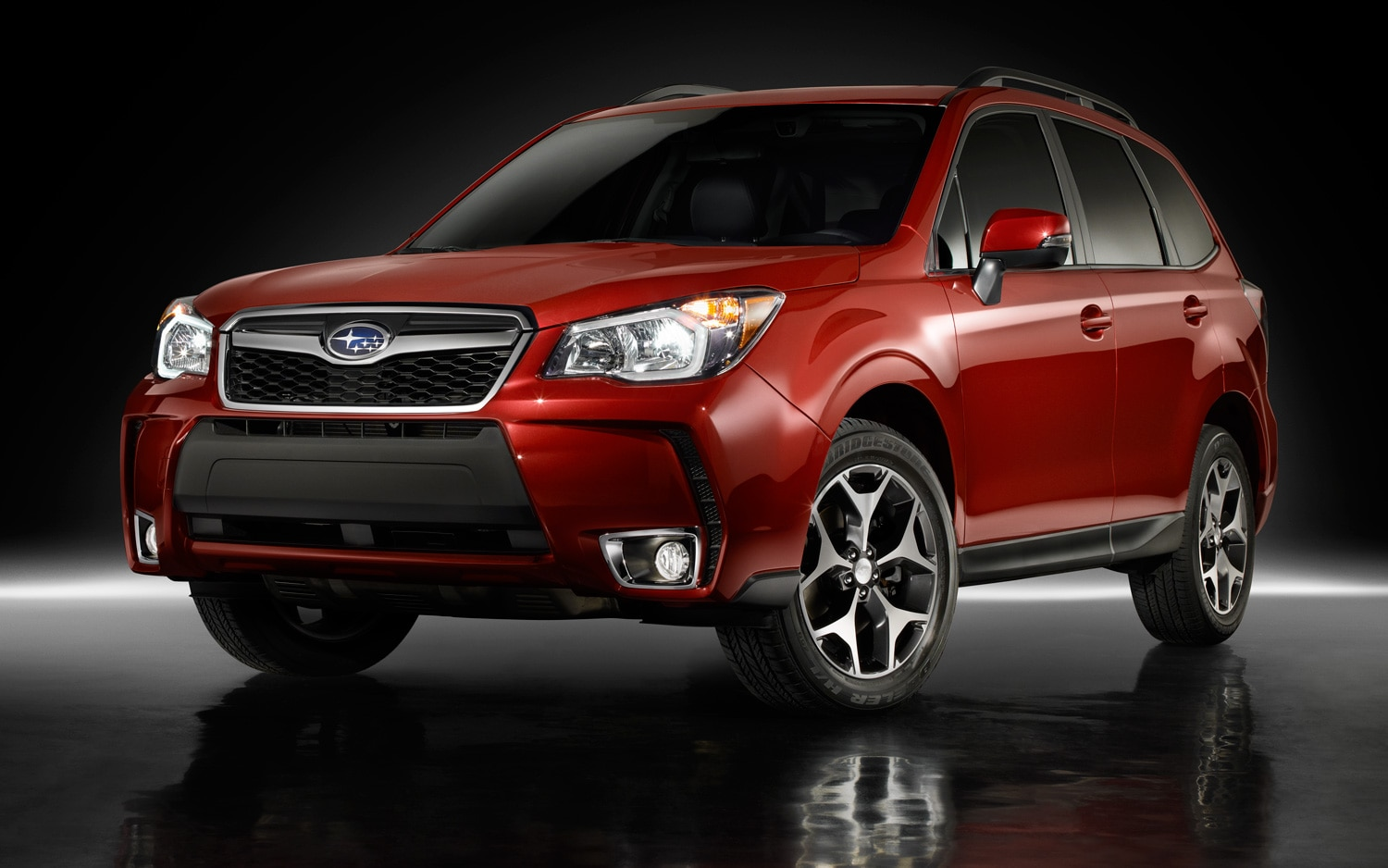 2014 Subaru Forester Turbo Front View1