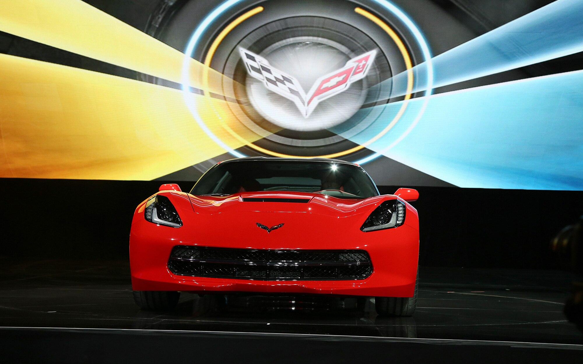 2014 Chevrolet Corvette Live Reveal Front View12