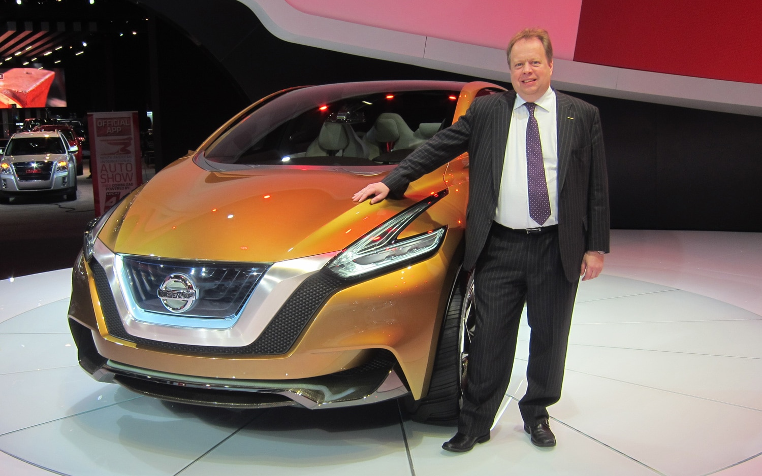 Andy Palmer With Nissan Resonance Concept 21