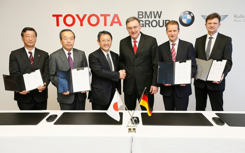 BMW Toyota Signing 31