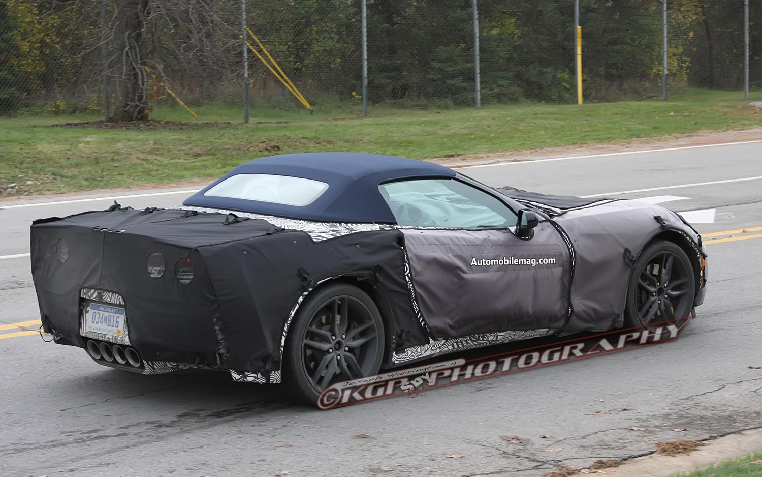 Chevrolet Corvette Convertible C7 Right Rear In Motion Spy Shot 211