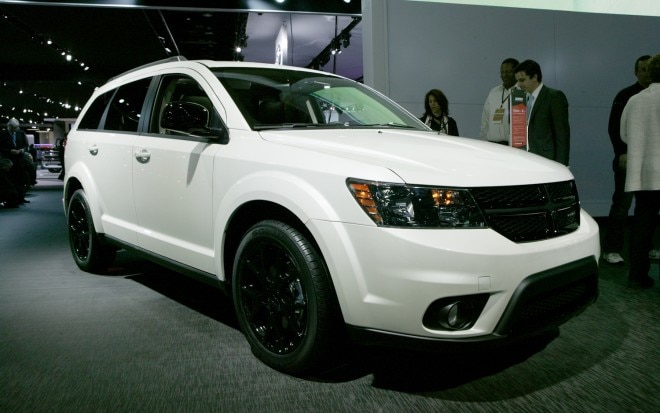 Dodge Journey Blacktop Front Three Quarters 21 660x413