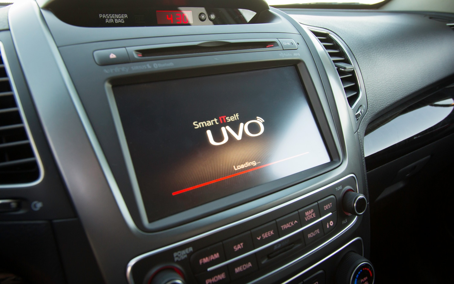 Kia UVO Touchscreen1