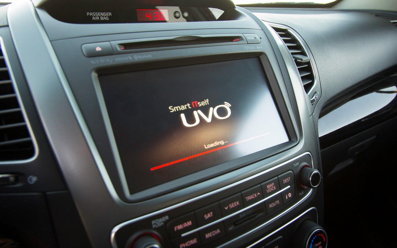 Kia UVO Touchscreen1