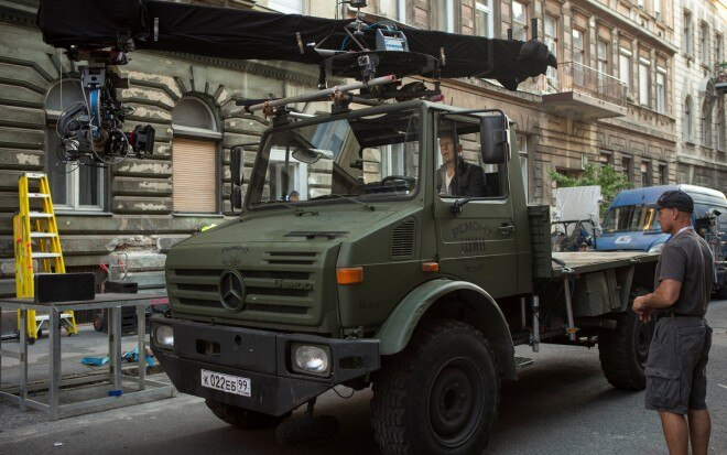 Mercedes Benz Unimog Front Three Quarter Camera1 660x413